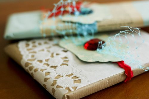 Francine Clouden Gift Wrapping4