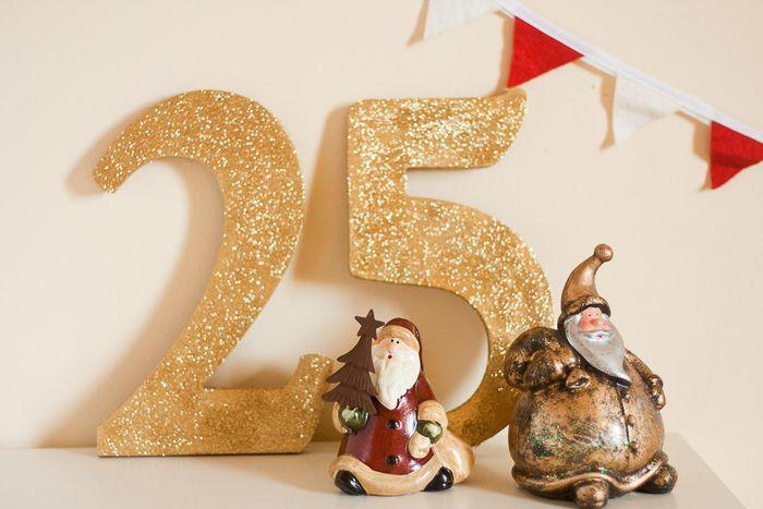 All That Glitters Christmas Decor on Callaloo Soup Blog