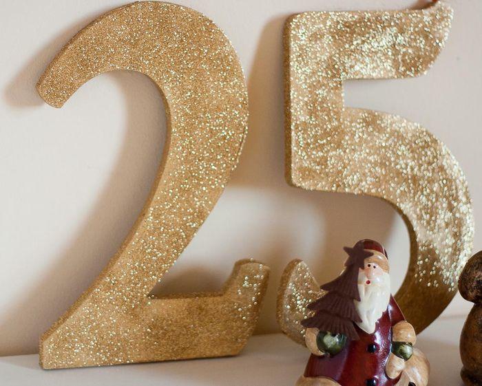 All That Glitters Christmas Decor on Callaloo Soup-5