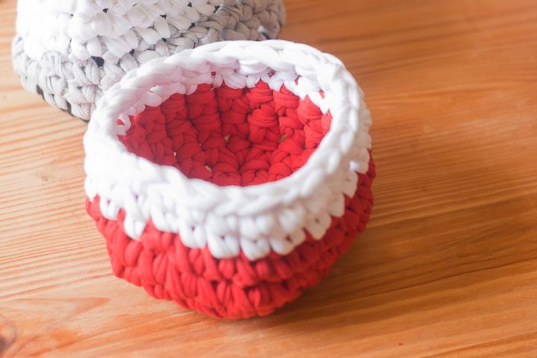 Make a crochet basket from t-shirt yarn at Callaloo Soup -12