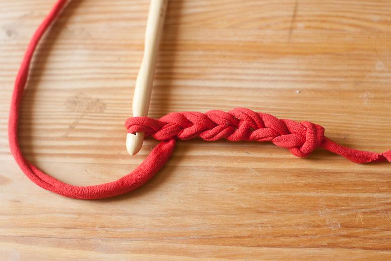 Make a crochet basket from t-shirt yarn at Callaloo Soup -2