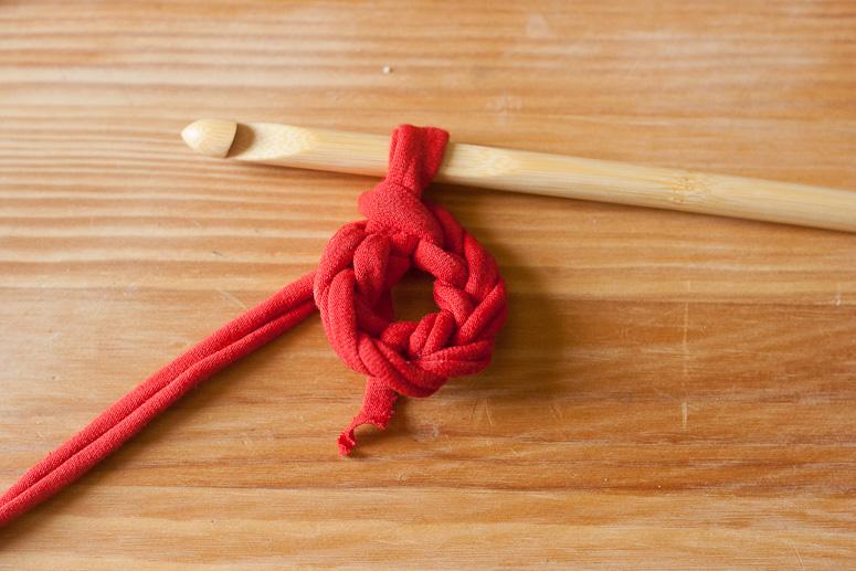 Make a crochet basket from t-shirt yarn at Callaloo Soup -3