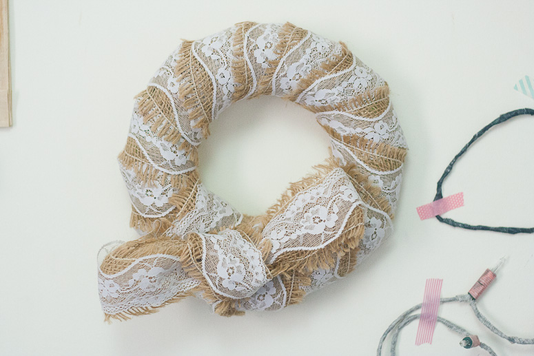 Burlap and lace at Callaloo Soup - wreath