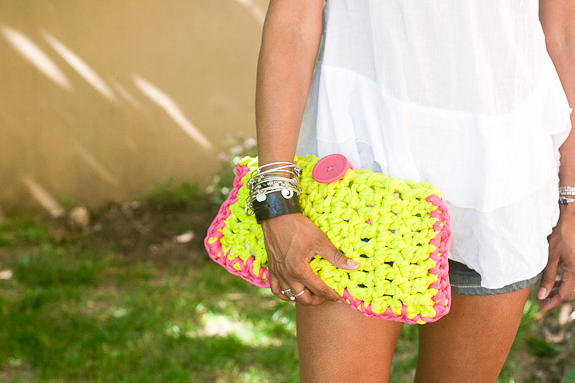 Neon Crochet Summer Clutch from T-shirt Yarn by Francine Clouden for Make & Takes-23